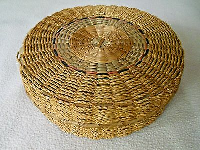 Vintage woven reed sewing basket / needs some TLC