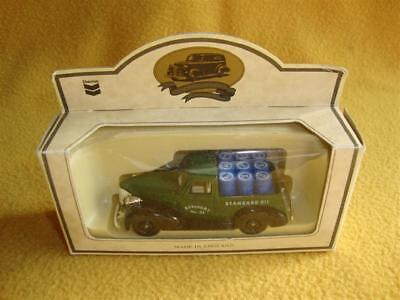 Chevron Standard Oil Die-Cast Metal Model 1939 Chevrolet Pick-Up Made in England