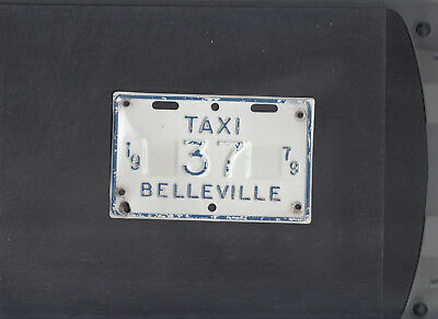 """ONTARIO, Belleville 1979 license plate """"37"""" ***TAXI***"""