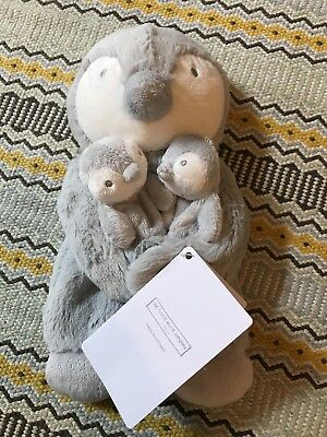 BNWT Little white company Snowy Penguin Puppet with Finger Puppets