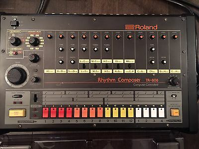 ROLAND TR-808 Rhythm Machine Recording Equipment (GREAT CONDITION NEAR MINT)