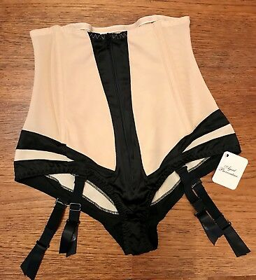 Agent Provocateur Rare Fantasia Big Briefs Size Medium Bnwt