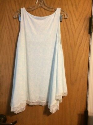 Pip & Vine Maternity 2 Piece Pajama Set - Size M - NWT!  Light Blue and white