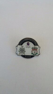 NEWCASTLE UNITED PIN BADGE versus LIVERPOOL 2017/18