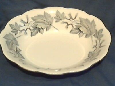 """Royal Albert """" Silver Maple """" Oval Serving Dish - 1St Qual - England"""