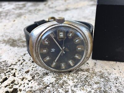 VINTAGE LIP WATCH OVAL CASE Cal.R566 RUNNING FOR RESTORE