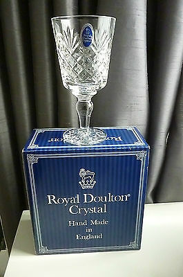 Vintage ROYAL DOULTON Cleveland hand Cut Lead Crystal Wine Glass Boxed-15cm Tall