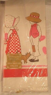 Darling Vintage 1976 Holly Hobbie Valentine Girl Boy Cat Paper Table Cover Mip