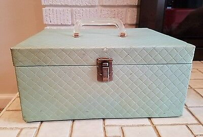 Vintage Sewing Box Green w/ Tray and Vintage Sewing Items / Contents