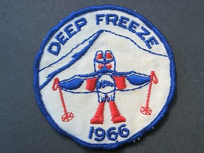Girl Guides Canada Vintage 1966 Deep Freeze Skiing  Patch  Scouts Brownies