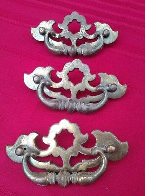 3 Pc Lot Set Vintage Brass Draw Pulls Hardware Dresser Handle BPC 2068 ✞