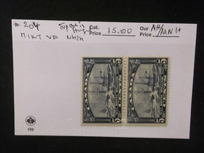 3214 Canada Mint Stamp Pack #204 Pair MNH/MH Top one is hinged, bottom is MNH