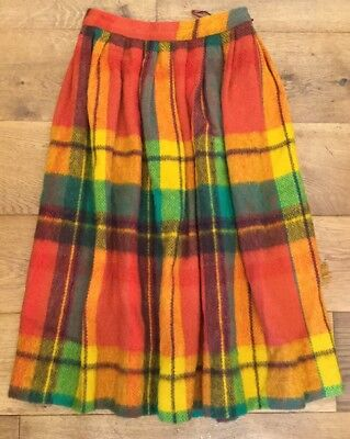 Vintage Tartan Wool Skirt Tailored By Solaire Waist 26inch