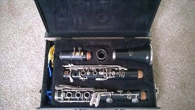Vito Reso-Tone 3 Bb Clarinet with Hard Case Made in USA