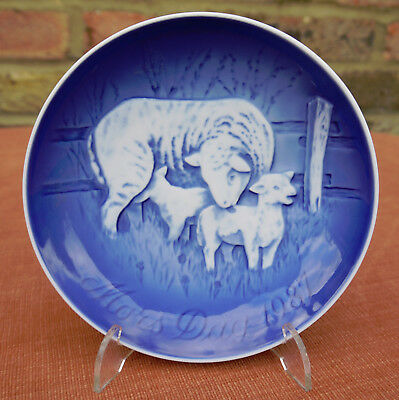 "Bing & Grondahl  ""Mother's Day""  1987 Plate"