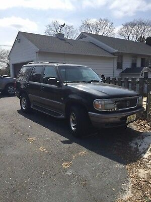 1997 Mercury Mountaineer Gray UV BLACK Mercury Mountaineer V8 1997 89k Miles 4WD KBB Value $1766.00