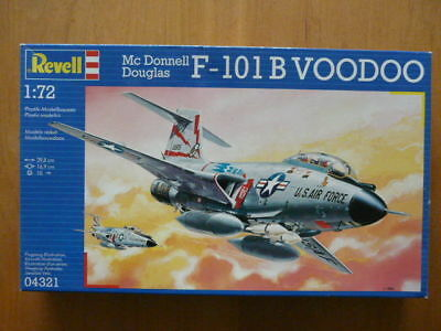 Boxed Revell 1:72 Mc Donnell Douglas F-101B Voodoo  04321