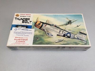 Maquette Hasegawa THUNDR BOLT Republic P-47D  - ech. 1:72 - Model Kit - NEUVE