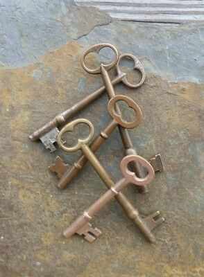 Five  Antique Brass & Bronze Mortise Lock Sleleton Keys   Antique Door Keys