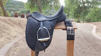 """Wintec Isabel 16.5"""" dressage saddle withstirrups, leathers and girth"""