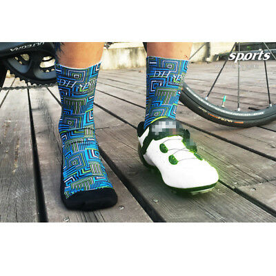 Pro Mens Womens Cycling Sport Socks Anti-Sweat Breathable Running Climbing Socks