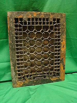 ANTIQUE LATE 1800'S CAST IRON HEATING GRATE HONEYCOMB DESIGN 14 X 11 h