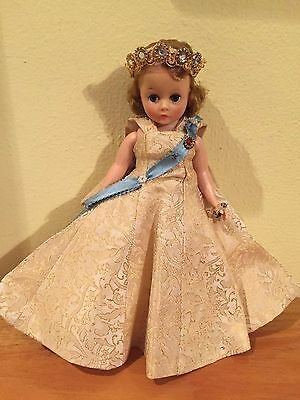 Vintage 1950's Cissette Madame Alexander Queen Doll! Tagged dress!