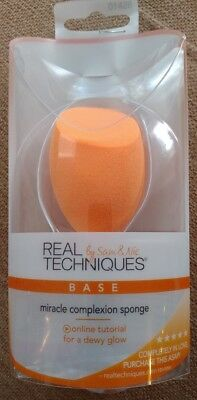 REAL TECHNIQUES Miracle Complexion Sponge Makeup Foundation Applicator NEW 01426