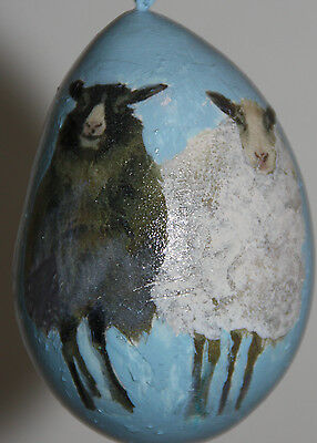 gourd ornament with black sheep and white sheep