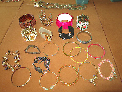 Vintage Costume Jewelry Lot of 20 Misc Bracelets/Bangles/Lucite/Beads/Leather
