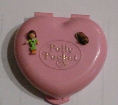 Polly Pocket Mini Dose rosa Herz Polly Country Cottage  + 1 Figur + Hund