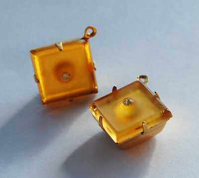 VINTAGE 2 GLASS PENDANT BEADS SQUARE • 12mm • TOPAZ, BLUE • Rhinestone Center