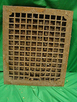 Huge Antique Late 1800's Cast Iron Heating Grate 17 X 14          H