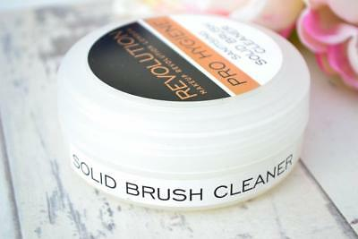 MAKEUP REVOLUTION PRO-HYGIENE Anti Bacterial SOLID BRUSH Cleanser Shampoo Soap