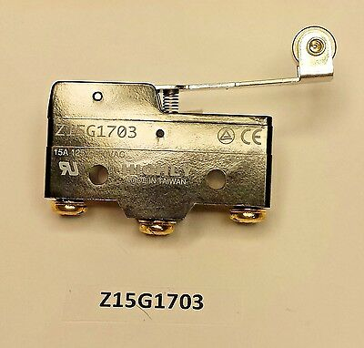 Z15G1703 Highly momentary roller lever snap action SPDT 15 Amp 250 VAC switch