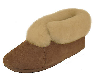 Qwaruba Chestnut Parisian Sheepskin Slipper Women's size 8
