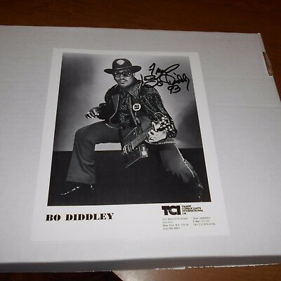 Bo Diddley, was an American R&B singer, guitarist, songwriter Hand Signed Photo