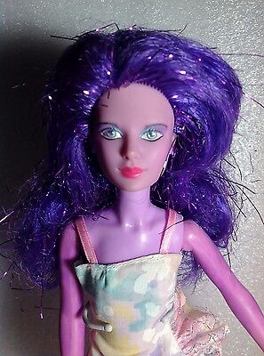 1985 Jem and the Holograms Synergy doll with purple hair (2)