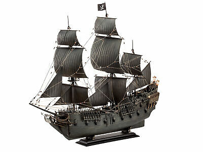 Revell 05699 Black Pearl Limited Edition 1:72 Bausatz