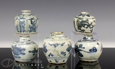 Group Of 5 Antique Chinese Blue And White Porcelain Jars Jarlets - Ming Dynasty