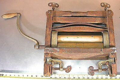 American Wringer Co Horseshoe Brand Universal Hand Crank Washing Machine Wringer