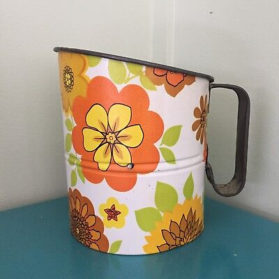 Vintage Flower Power Willow Sifter Kitchenalia