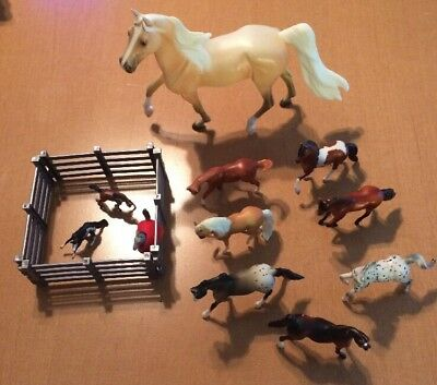 11 Breyer Horses With Fence