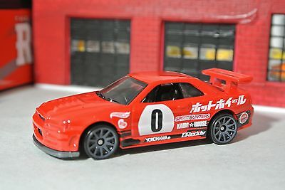 Hot Wheels Nissan Skyline GT-R R34 Loose - 1:64 - Need For Speed - Red