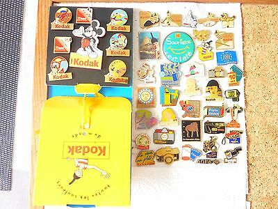 Lot 45 pins photo , appareil photo , Kodak , photographie  avec attaches