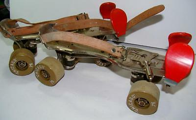 Vintage Metal Chicago 76 Clay Roller Skates Strap On RARE with Key size 7