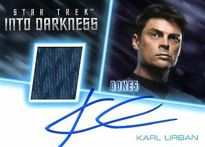 Star Trek Beyond COSTUME RELIC / AUTOGRAPH CARD of KARL URBAN Bones