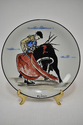 Coimbra Portugal - Plate with a hand painted Madador and Bull - Signed: Agóres