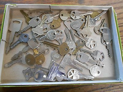 vintage box lot of car truck auto luggage keys crafts repurpose