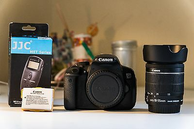 Canon EOS 700D + Kit 18-55 F/4-5.6 STM + 2 Batterie + Scatto Remoto